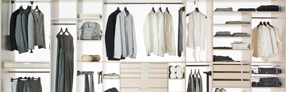 Slajd 3: garderoba mężczyzny